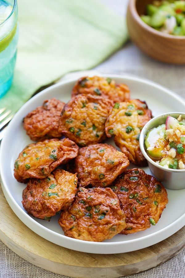 Thai Fish Cakes – best and easiest Thai fish cakes recipe or Tod Mun Pla that tastes just like Thai restaurants. So good | rasamalaysia.com