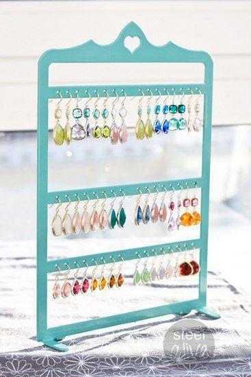 Подставка-стенд для сережек мятно-бирюзового цвета. Идеальный вариант хранения…