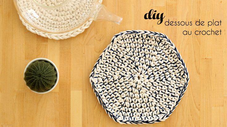 les 25 meilleures id es de la cat gorie dessous de plat en crochet sur pinterest maniques au. Black Bedroom Furniture Sets. Home Design Ideas