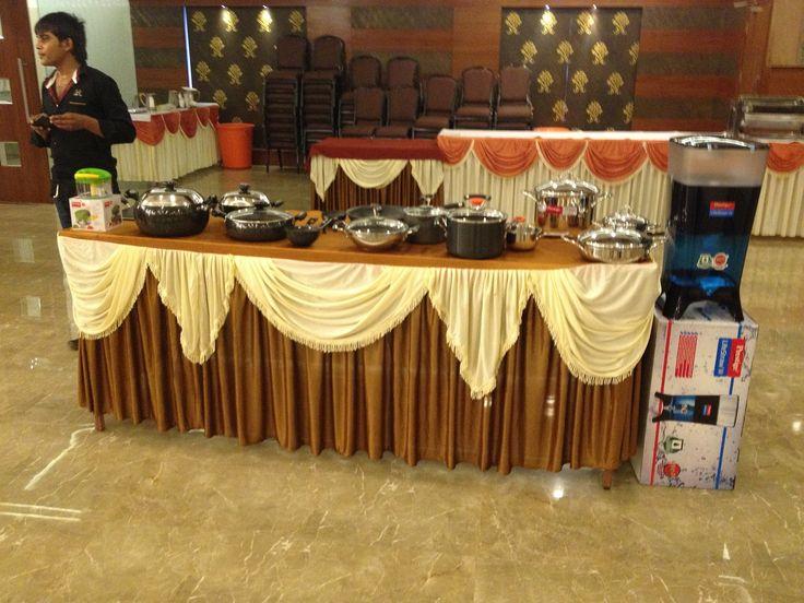 Prestige Bandhan, a multi-cuisine cookery show - held at Prestige Smart Kitchen store, Jamnagar. Prestige product range on display.