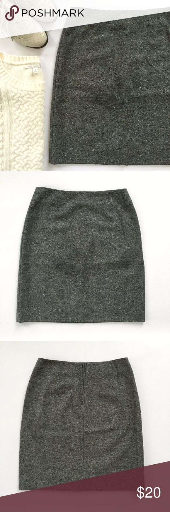 United Colors of Benetton wool tweed mini skirt Cute and classic wool blend miniskirt in EUC! Black, grey, and white tweed. Italian size 42/US size 6. Please read measurements carefully. GET THE LOOK: Everything in the cover shot is for sale in my closet. • Side zip, fully lined • Deep slit in the back (9.5 inches) • Length is 20 inches, waist is 13.5 inches lying flat • 70% wool / 15% nylon / 15% silk. Lining is 100% nylon • Dry clean only United Colors Of Benetton Skirts Mini