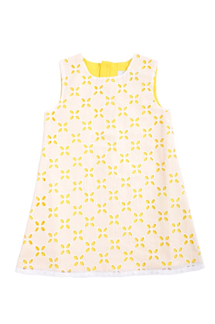 Vestido para niña, con encaje blanco sobre fondo amarillo. http://www.shopepk.com.co/index.php?page=shop.product_details&flypage=flypage.tpl&product_id=3&category_id=8&option=com_virtuemart&cat=6&Itemid=69