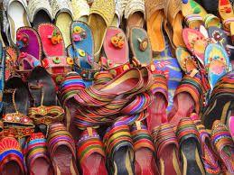Delhi shopping sarojini nagar laspat nagar karol bagh dilli haat