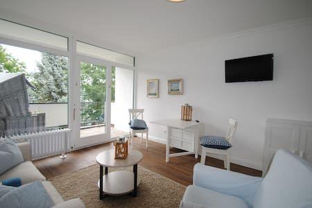 Schau dir dieses großartige Inserat bei Airbnb an: modernes Apartment mit Pool und Sauna am Möhnesee - Wohnungen zur Miete in Möhnesee
