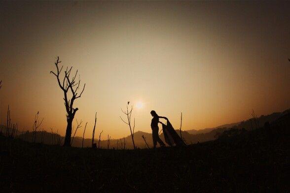 Sunrise Pagi Hari di bukit