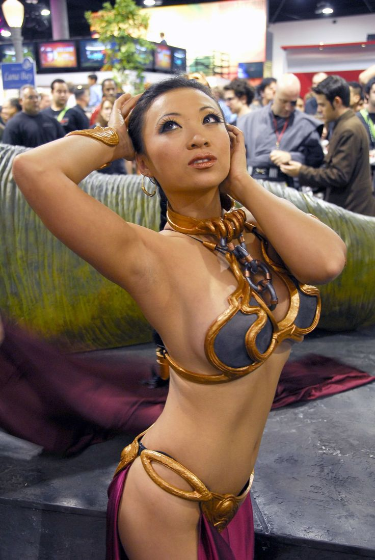 Opposite. princess leia slave cosplay right!