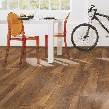 Vintage Classic 10mm Appalachian Hickory Laminate Flooring