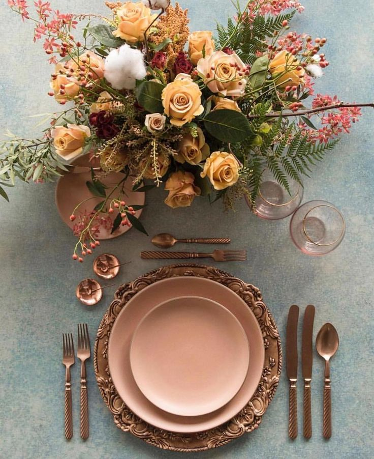 Loving this table setting mood and colour from @deargraymagazine @casadeperrin and @megan_gray . . #inspiration #mood #tablesetting #tablescape #tabledecoration #styling #flowers #fall #fallcolour #tableware #modboard