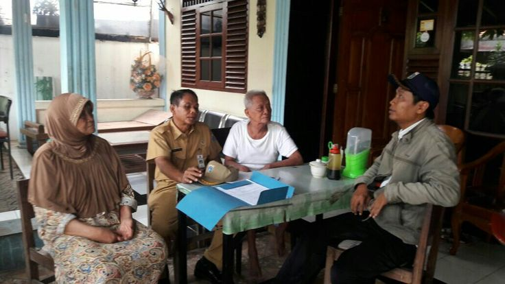 Ceklap permohonan PBB oleh tim pendataan uppd ciracas