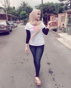 Wow #51 - Follow @wowmalaysia_ now! | Credit images to owner | DM to submit more materials about Malaysia | Thank you =) @ika_nanika #macammacamada #malaysiakita #malaysiakini #malaysianhijabers #gadiscantik #awekcantik #pretty #selfie #awekcun #muslimah #hijabers #sayajual2 #hijab #igersmy #wowmalaysia #kuji by wowmalaysia_