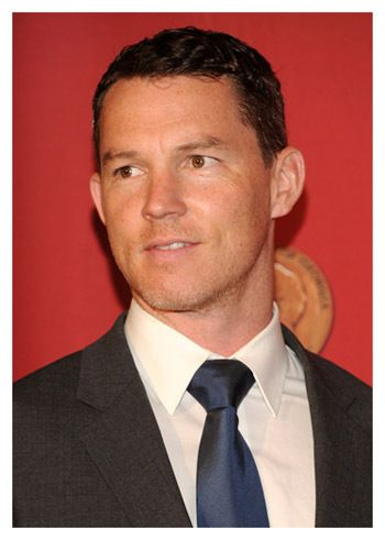 10 Weird Questions with Shawn Hatosy