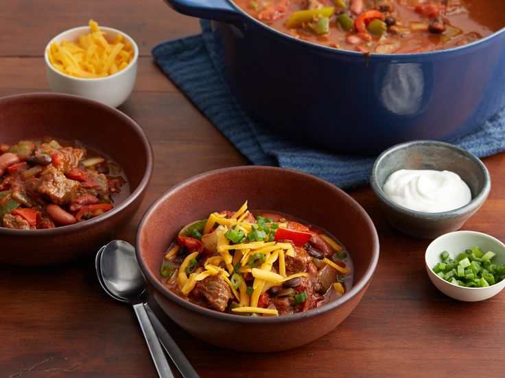 This ultra-meaty chili uses jalapeño peppers and chili powder to put Southwestern kick on a fall favorite.