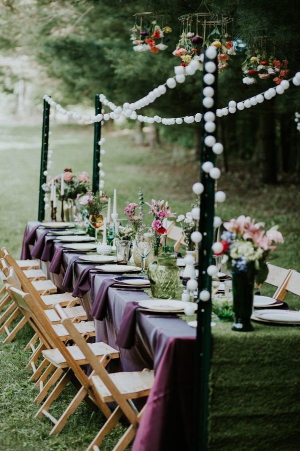 Feast under the stars (or sun!) to get the full effect of celebrating your wedding in the woods | Image by Coley & Co Photography