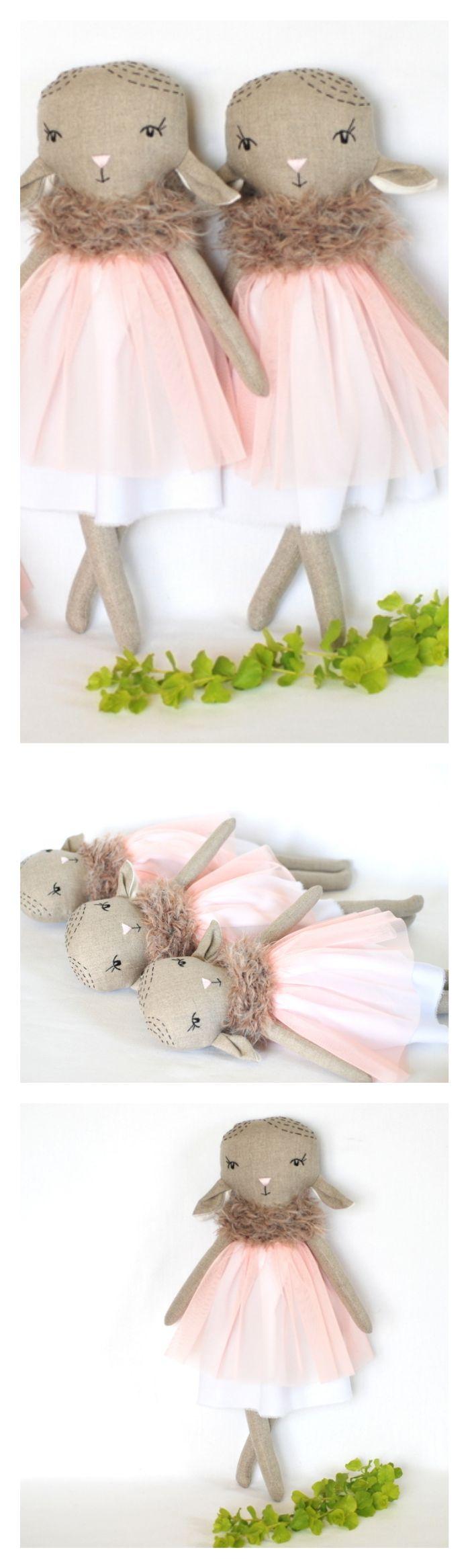 Linen lamb doll. Sheep rag doll. Stuffed lamb in homemade. Lamb cloth doll. Fabric dollmade by doll maker Jumata made. Handmade lamb toy.