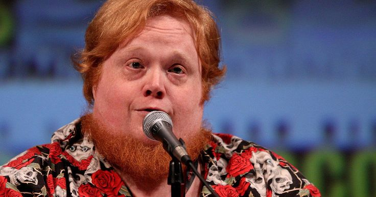 Alamo Drafthouse Cuts Ties with Harry Knowles Over Sexual Assault Scandal -- Drafthouse CEO Tim League has declared that it will no longer be affiliated with Ain't It Cool News founder Harry Knowles following sexual charges made against him. -- http://movieweb.com/alamo-drafthouse-aicn-harry-knowles-sexual-assault-scandal/