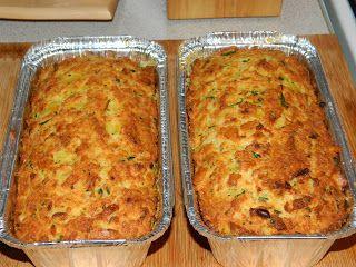 Mivel ezt az ételt mi javarészt húsvétkor készítjük,  jöjjön a receptje -mint ahogy azt már a  LEVESBEN FŐTT TÖLTELÉK nél is leírtam-,  ann...