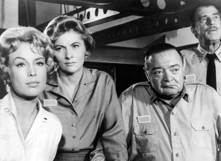 Barbara Eden, Joan Fontaine, Peter Lorre, Walter Pidgeon - Voyage to the Bottom of the Sea 1961