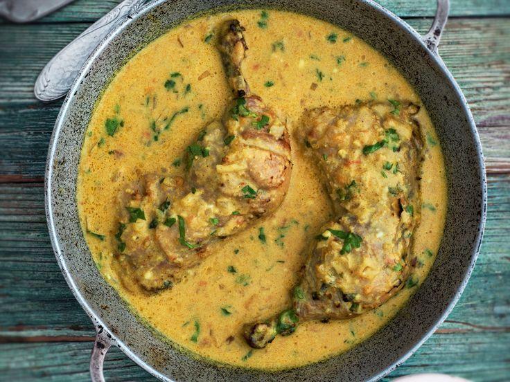 Découvrez la recette Poulet au coco malgache sur cuisineactuelle.fr.