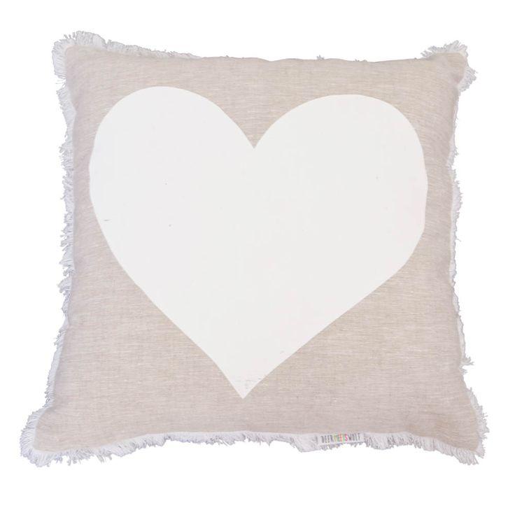 DeerMeetsWolf-Websized-023_front_white heart_grey