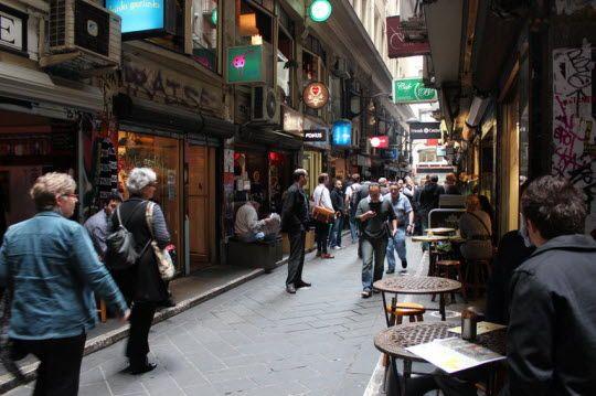 Melbourne's Best Shopping: CBD http://thingstodo.viator.com/melbourne/melbournes-best-shopping-cbd/