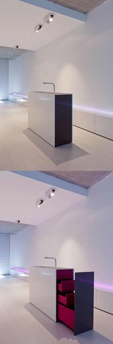 Freestanding basin with bright interior by Filip Deslee.