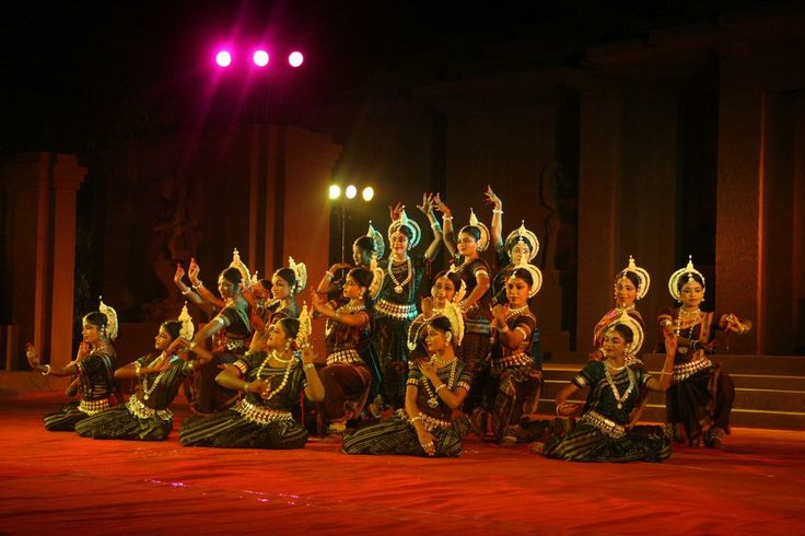 Let's Dance in the Konark Festival !! - Padhaaro Blog