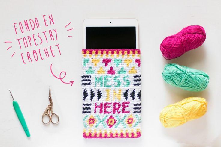 """Funda en tapestry crochet visto en """"I am a Mess Blog"""""""