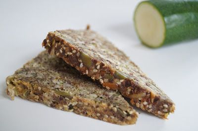"""Low carb lækkerier: """"Grønt"""" stenalderbrød"""