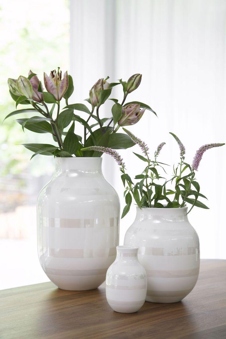 kahler-omaggio-vase-mellem-pearl-forudbestilling-kommer-uge-14.jpg (3734×5601)