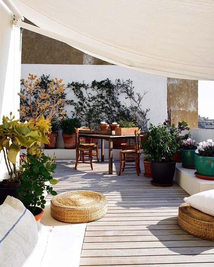 Terraza de una piso en la ciudad con suelo de madera - Piso madera terraza ...
