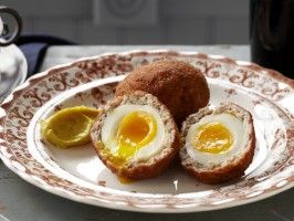 Scotch Egg with Curry Mayo from excellent recipe .I jusr added 1 cup of bread crumbs and minced 2 med onions in the mince,, <3 <3 <3 <3