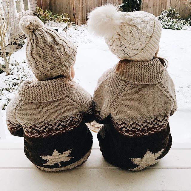 Cozy winter sweaters #wool #snow / Caldi maglioni invernali #lana #neve - @lee_kristine on Instagram
