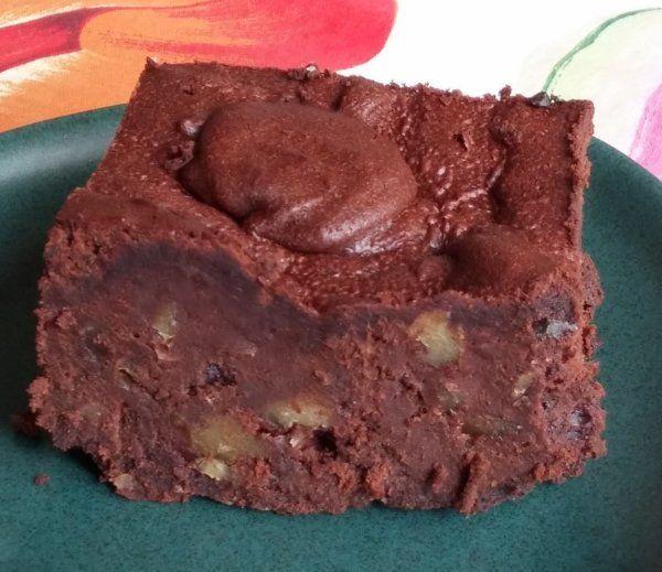 Diós brownie mézzel | Gluténmentes, laktózmentes recept ~ Pink Dust blog