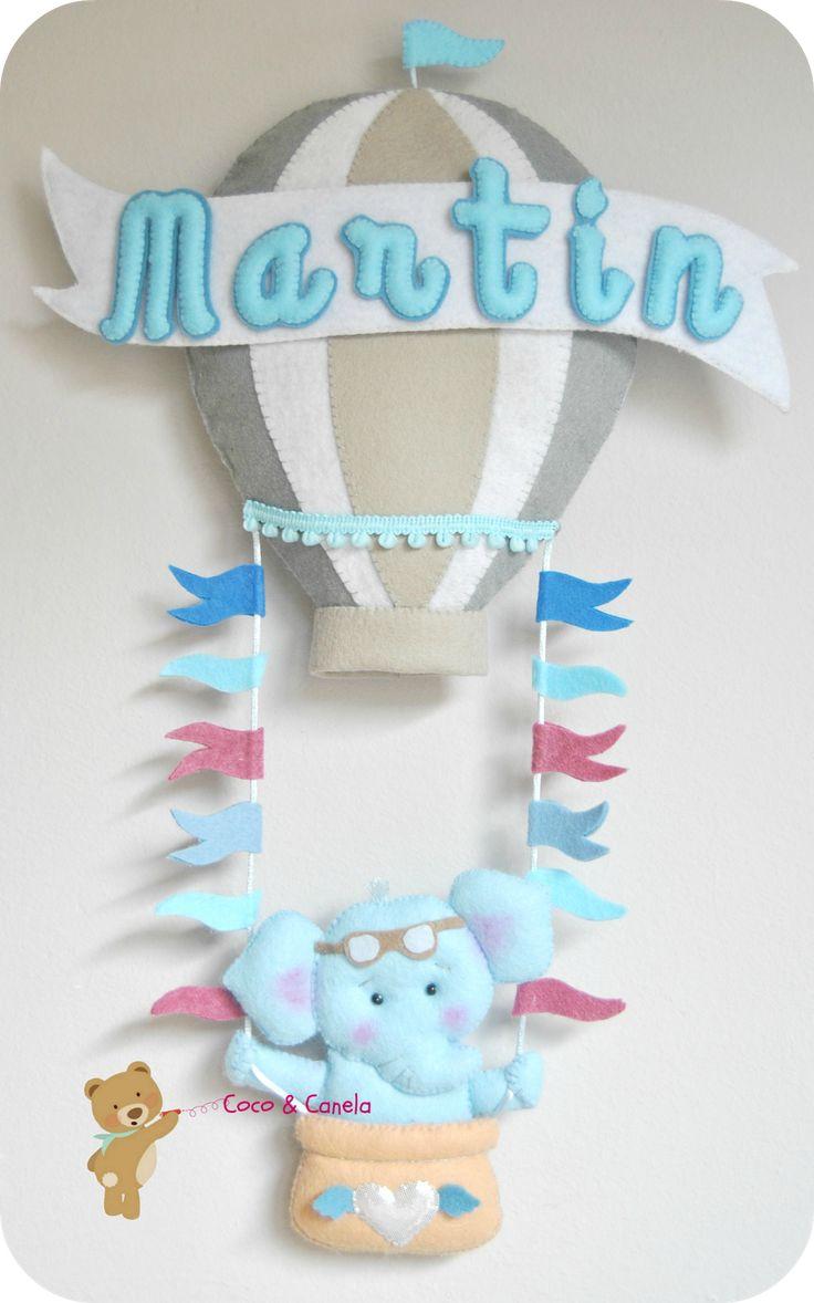 Globo aerostático en fieltro con elefante azul bebé