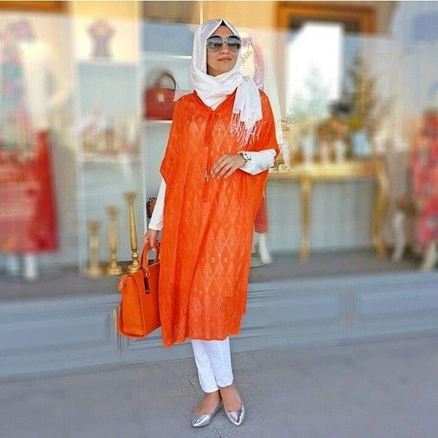 Merseriz Salaş Tunik Modelleri Yepyeni Görünümleri ve Tesettüre Uygun Tasarımlar ile Tesettür Giyim Sektörünün Gözdesi Haline Geliyor !