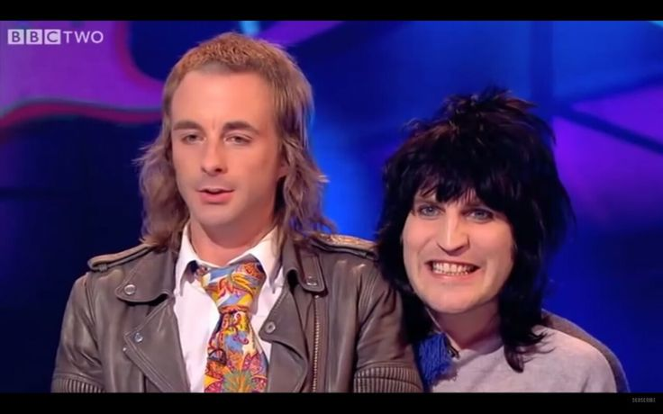 This could quite possibly be the weirdest but funniest ventriloquist act 😂 (Noel Fielding and Paul Foot) 😍😍💙 x