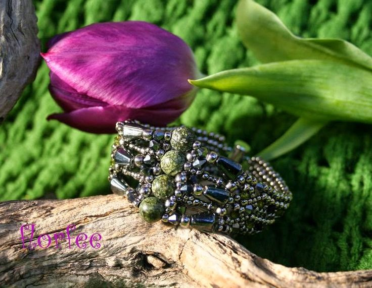 florfee: *art deco bracelet*