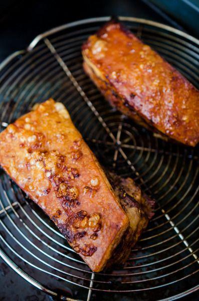 Piept de porc cu mirodenii gătit la aburi (cu șorici crocant) - KissTheCook/ steamed pork with crispy skin