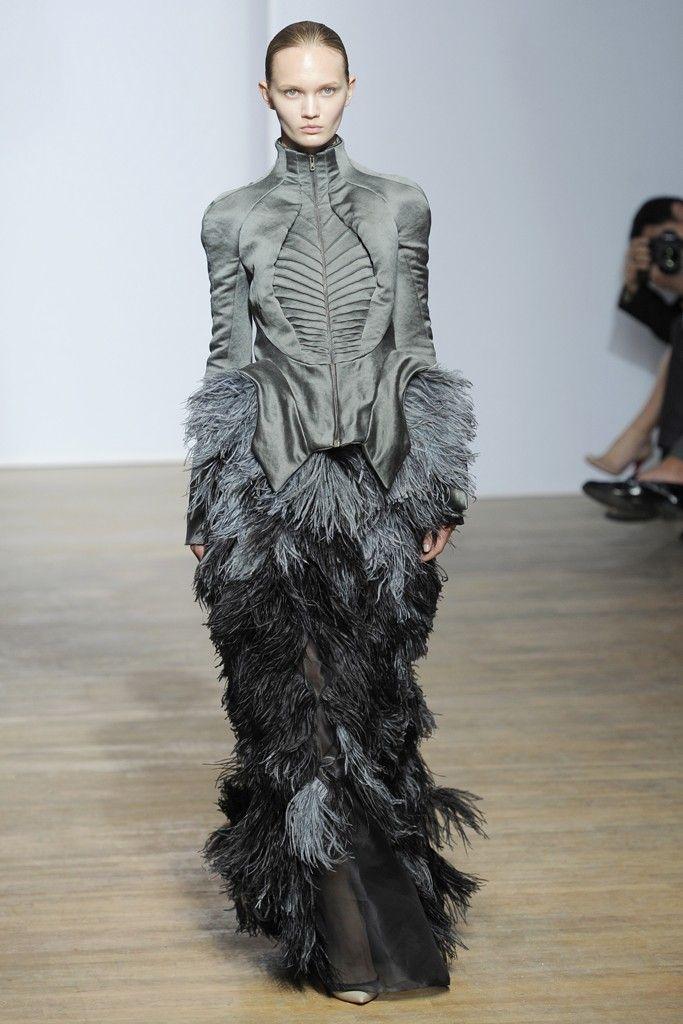 Yiqing Yin Fall Couture 2013