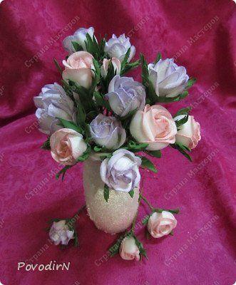 Мастер-класс Поделка изделие 8 марта День рождения День учителя Новый год Моделирование конструирование Розы розочки бутоны Фоамиран фом фото 1
