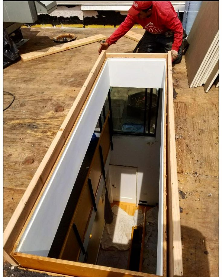 New Flat roof skylight opening being reframed with wood in Brooklyn NYC! #royalrenovators #flatroofing #nyroofing #nycrenovators #roof #roofs #roofer #roofrepair #roofing #flatroof #flatroofing #generalroofing #brooklyn #roof #ny #nyc #like4like #likeforlike #nyroofing.com #nycrenovators.com #contractor #construction