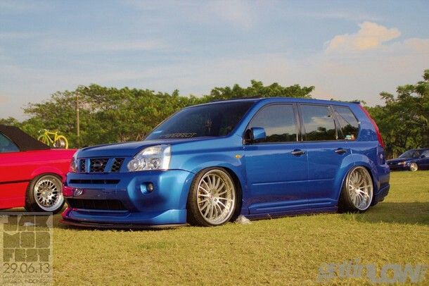 This is Rock! Nissan Xtrail