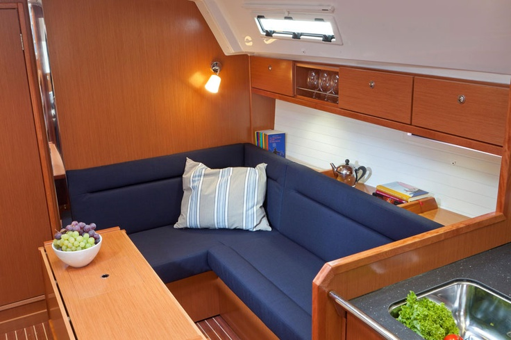 Bavaria 36 lounge and dinner area