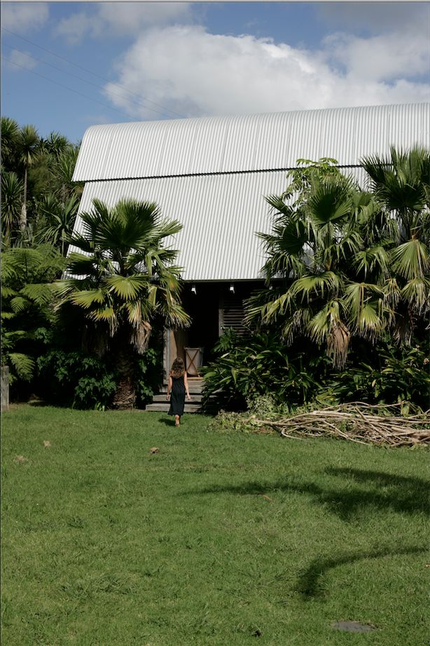 davis bure designed by architect pip cheshire whale bay nz remodelista