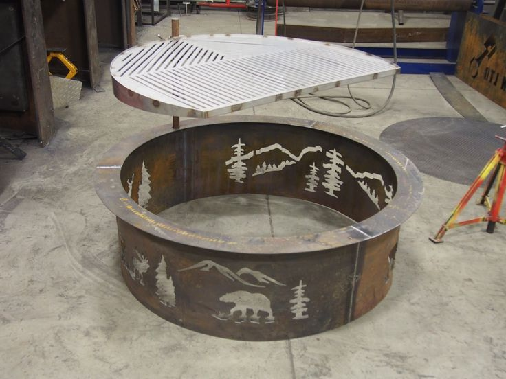 Wildlife Custom Fire pit with 42