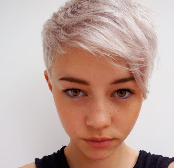 Pale Pink Pixie Cut Great Hair And Makeup Pinterest