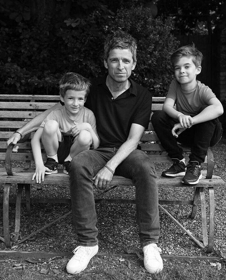 Noel Gallagher, Donovan&Sonny Gallagher