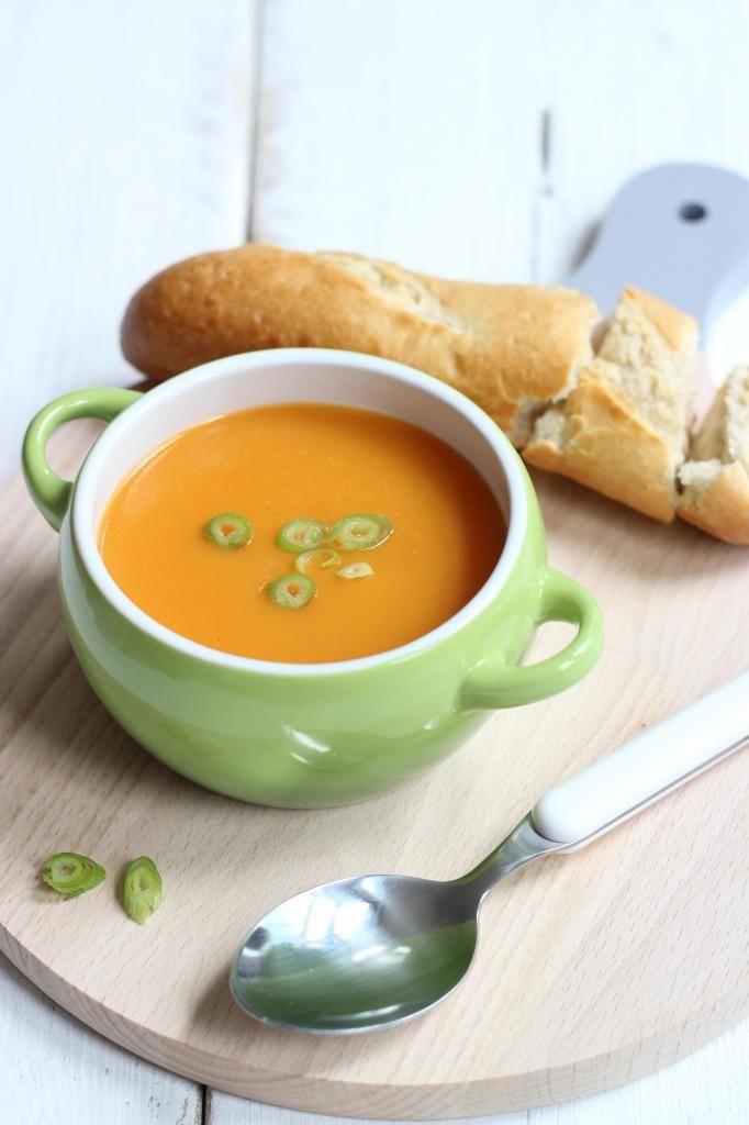Aardappel-wortelsoep - Lekker en Simpel