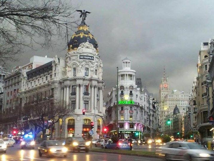 la lluvia en Madrid  precioso