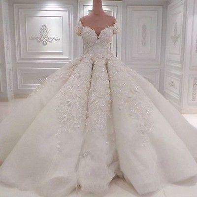 Luxury Puffy Wedding Dresses Lace Beaded Bridal Ball Gown Cathedral Train Custom